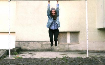 Charlotte Bridge torna con un EP e nuovo video